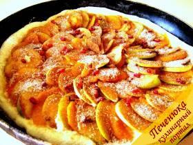 """Пирог """"Мало теста, много яблок"""" – кулинарный рецепт"""